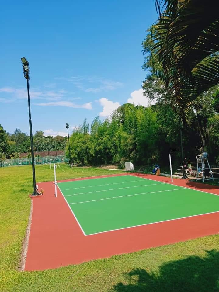 kontraktor lapangan badminton profesional (1)